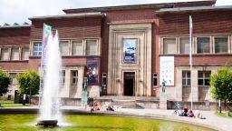 Шест откраднати стъклени скулптури бяха върнати в Дюселдорф
