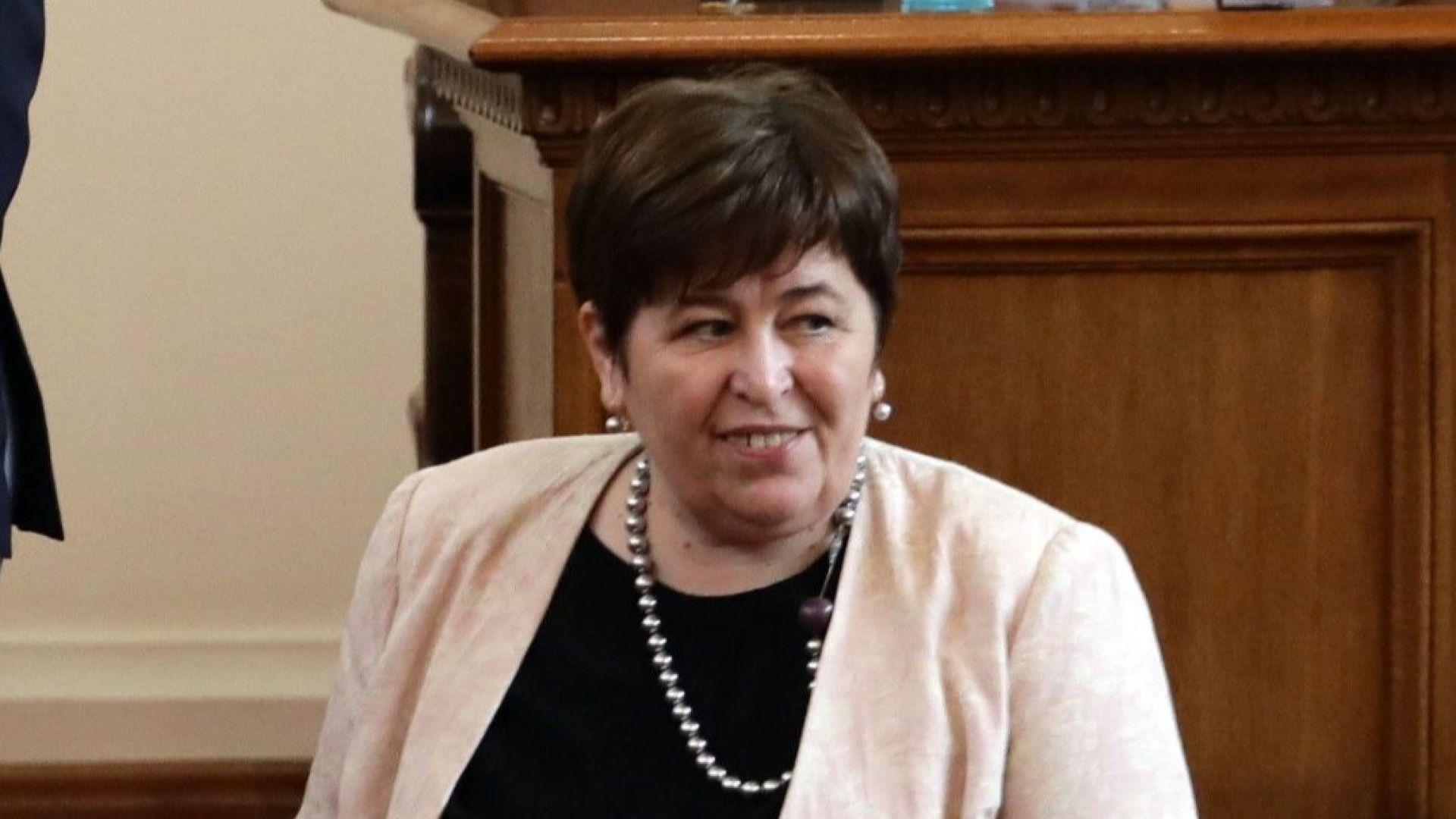 Министърът на туризма Стела Балтова е с коронавирус