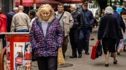 НОИ преизчислява служебно две групи пенсии