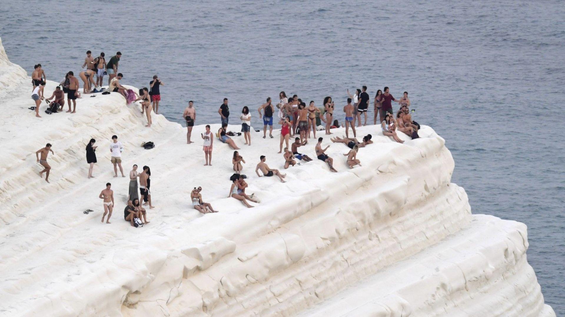"""""""Луцифер"""" донесе европейски температурен рекорд - 48.8° в Сицилия"""