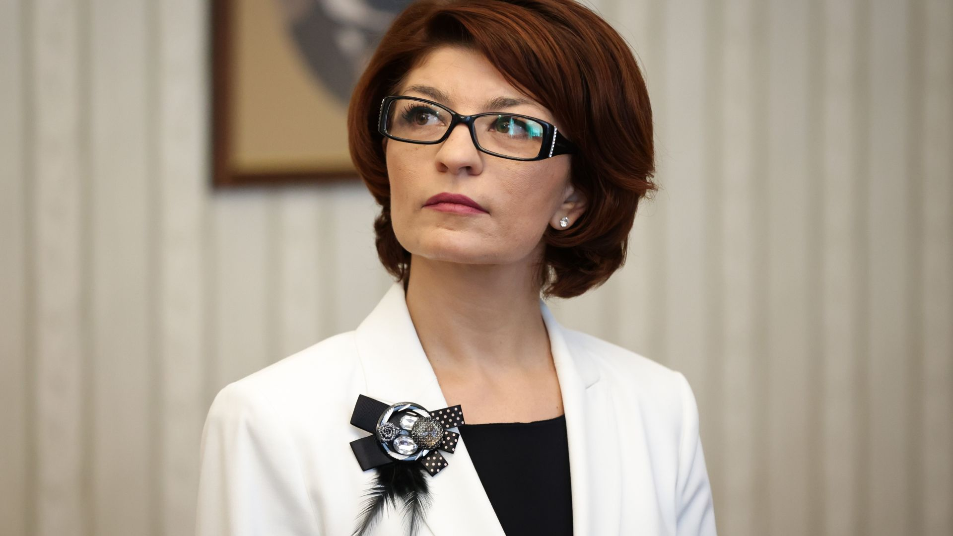 Десислава Атанасова: Недопустимо е Румен Радев да поставя условия на Народното събрание