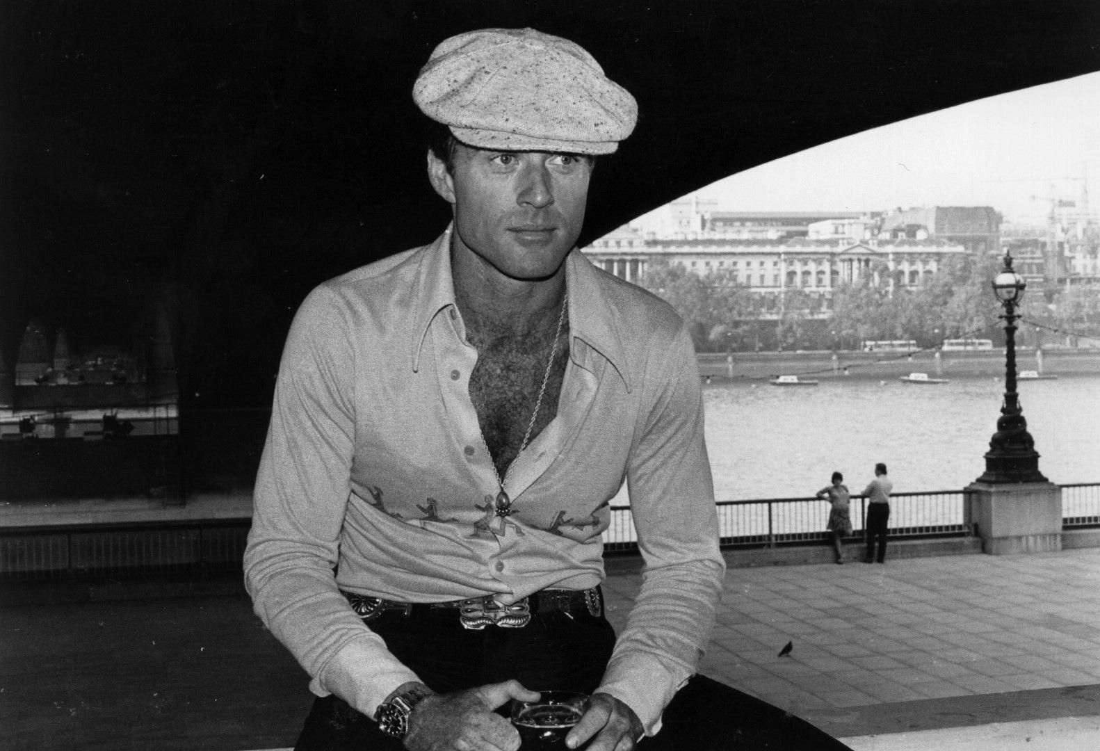Легендарният секс символ Робърт Редфорд на река Темза в Лондон