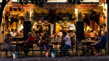 Каква е истинската причина испанците да вечерят толкова късно