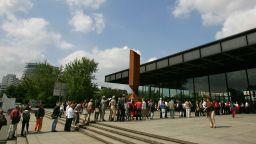Новата национална галерия в Берлин отваря отново с три изложби