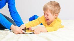 5 съвета как да отделим децата от таблетите за 2 часа на ден