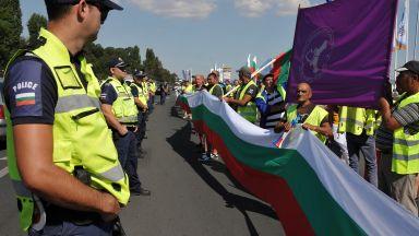 """""""Автомагистрали - Черно море"""" искат оставки в АПИ"""