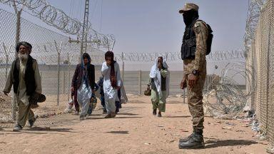 Талибаните ще приемат депортираните от Европа, но ще ги изправят пред съд