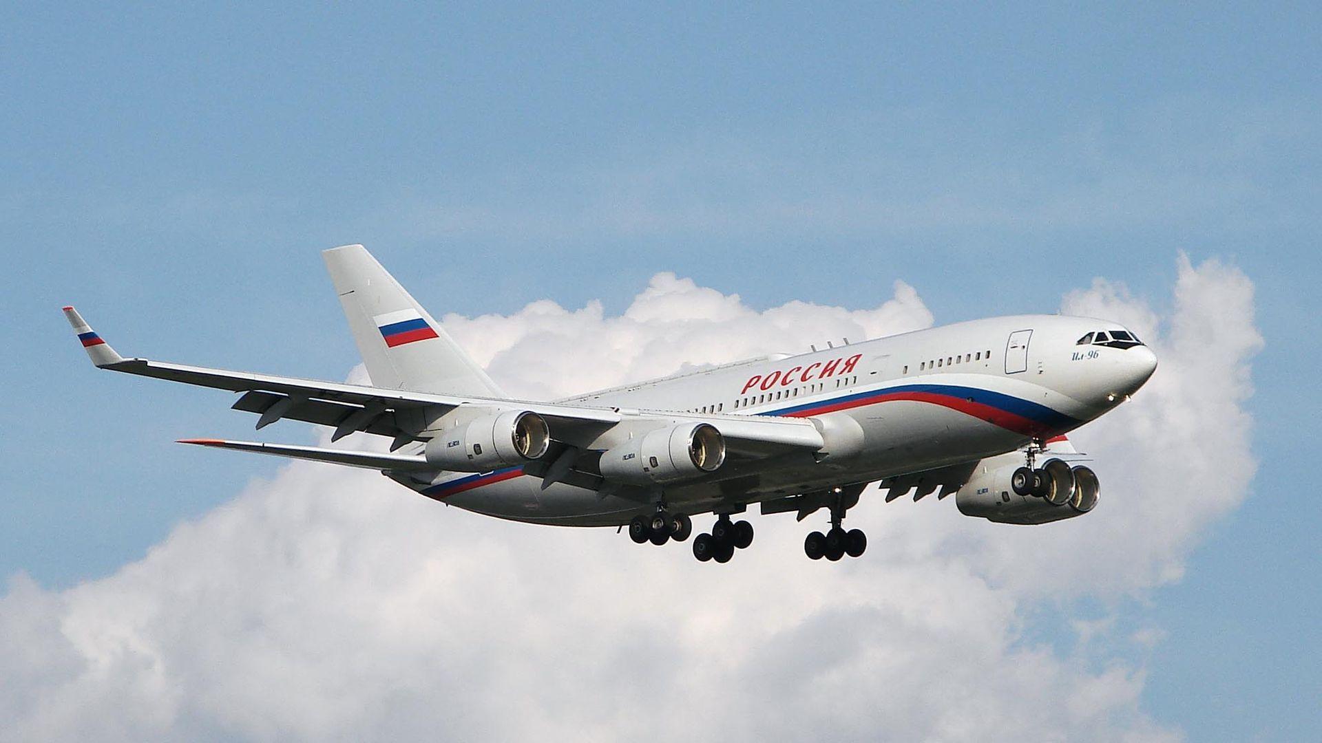На какъв самолет лети Путин (снимки)