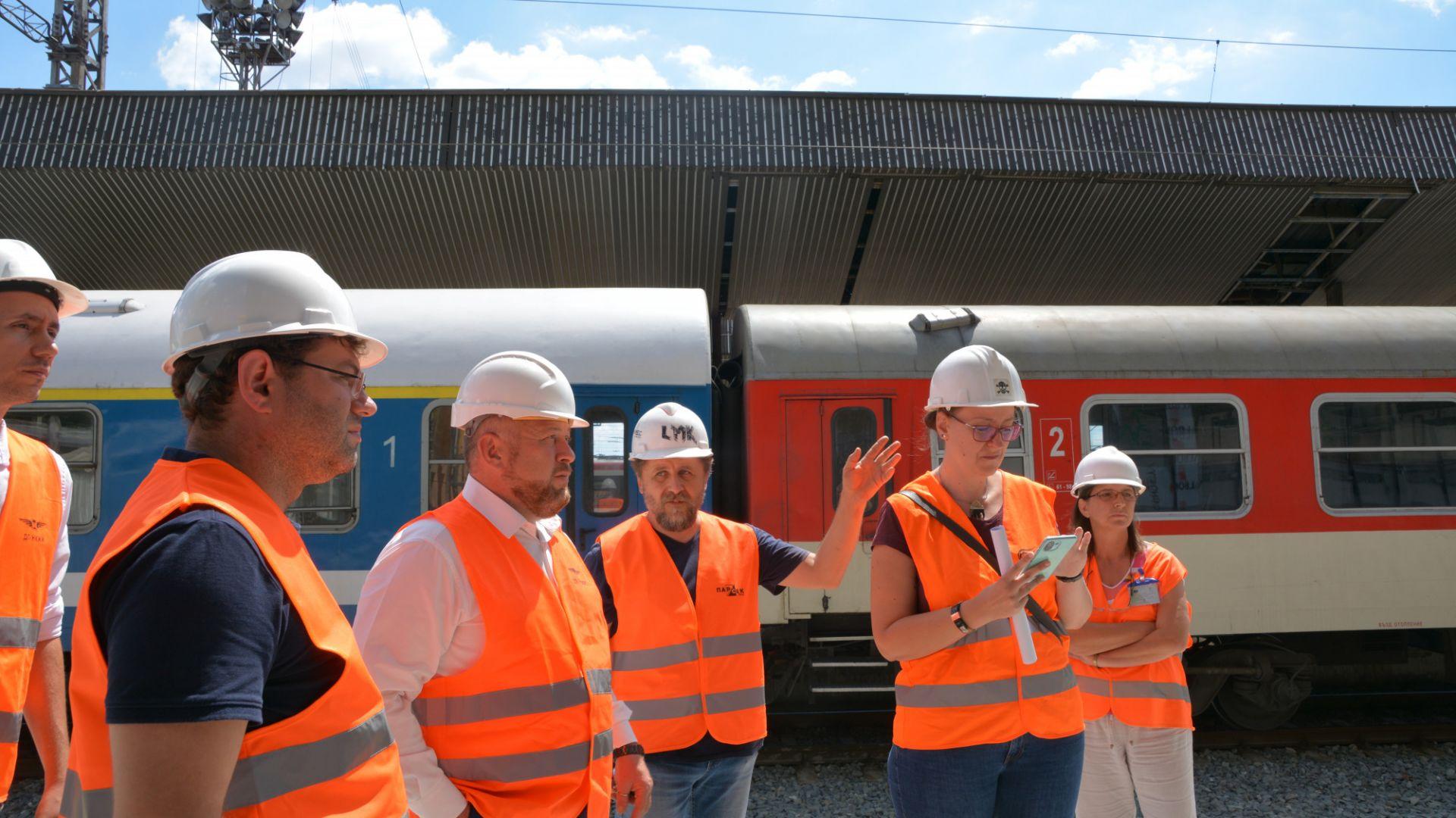 Предупредиха строителите на жп линии и гари за глоби, ако работят бавно или лошо