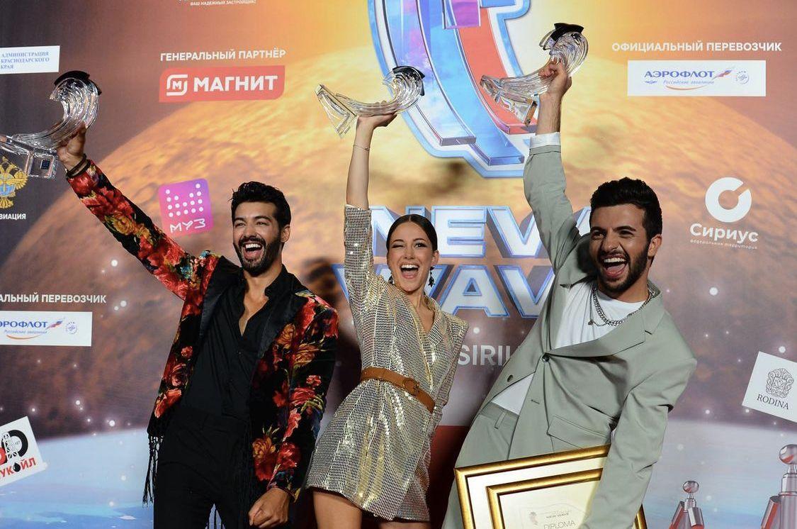 """Талантливата певица триумфира с втората награда на международния фестивал за поп музика """"Нова вълна"""", който се провежда за 19-ти път в Русия"""