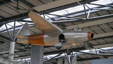 Какво знаем за първия полет на реактивен самолет в света