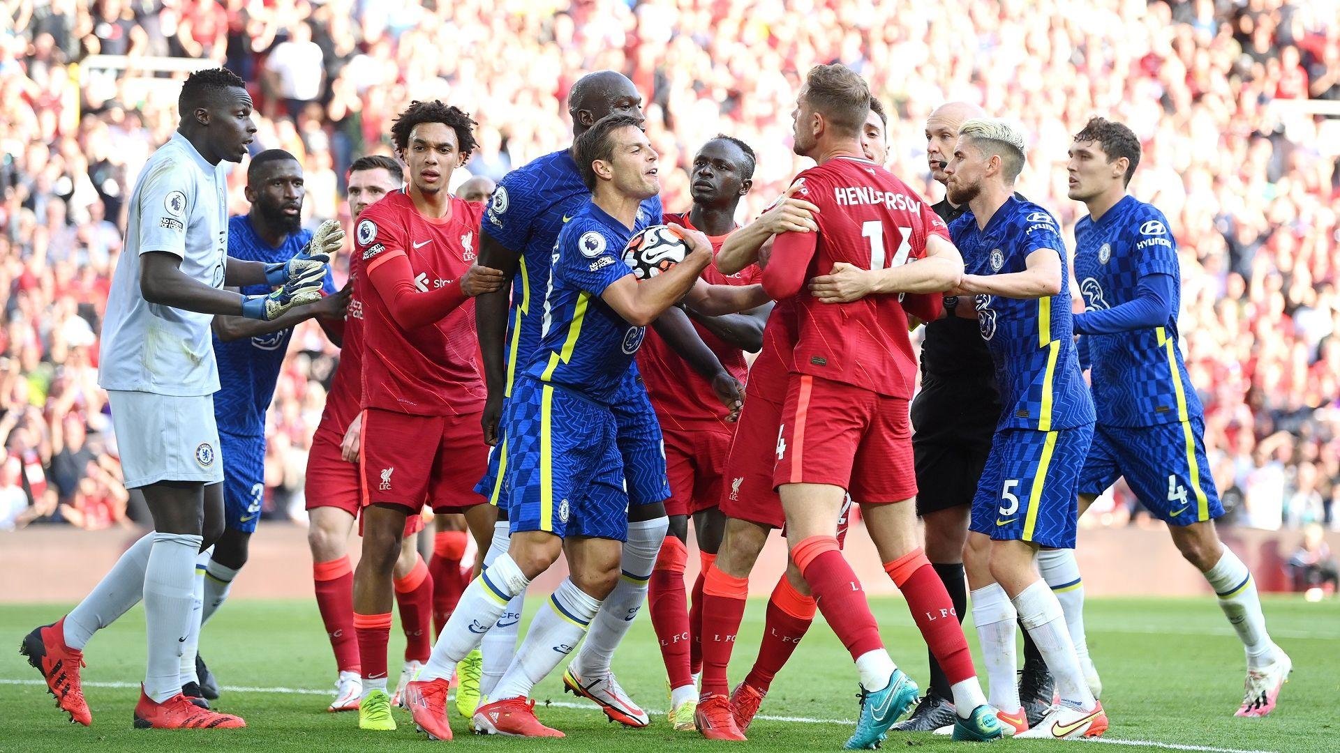 """Десетима от Челси издържаха на """"Анфийлд"""" и взеха точка от Ливърпул"""