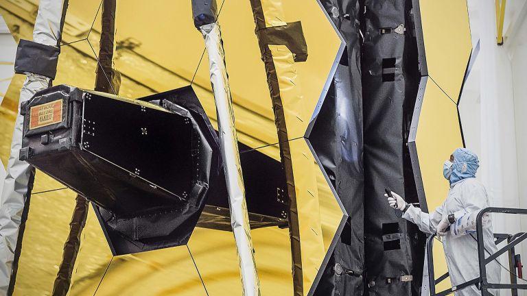 """НАСА оповести кога ще изстреля заместника на """"Хъбъл"""""""