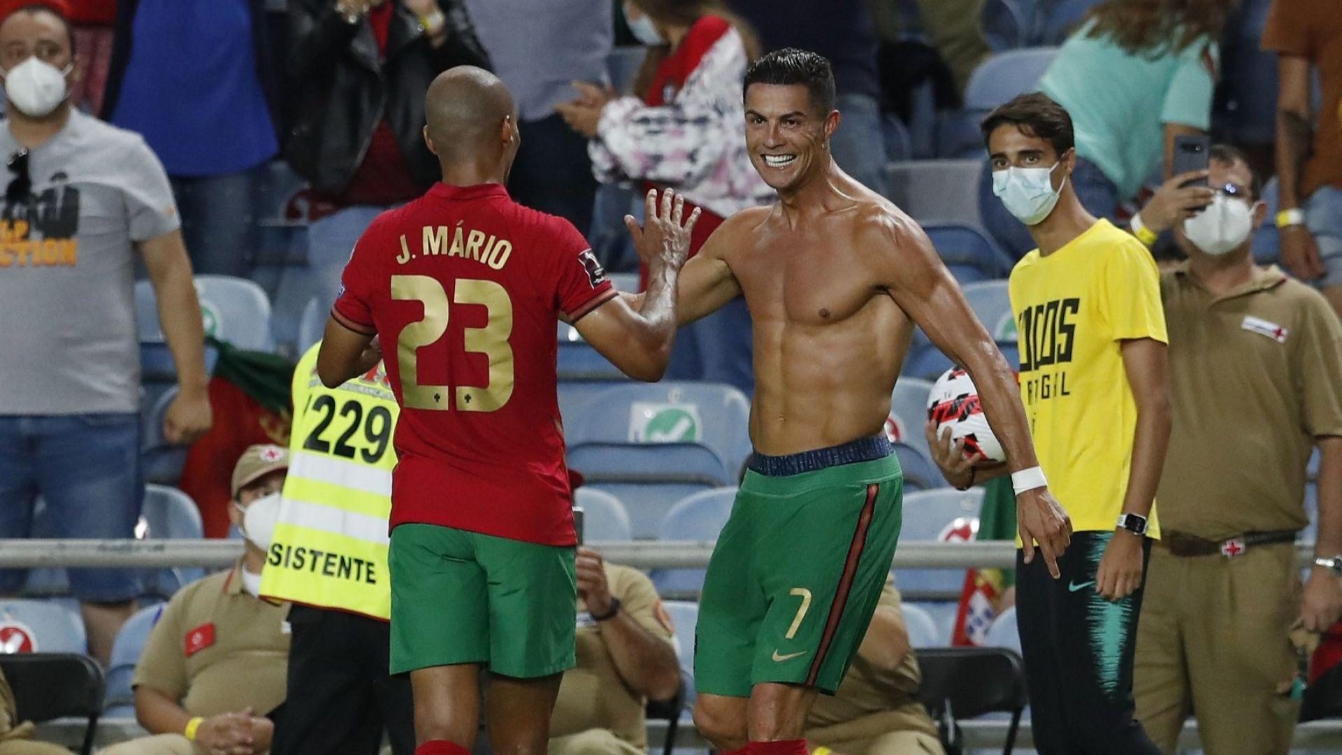 Петев измъкна реми от Франция, а Роналдо вече е №1 в историята на международния футбол