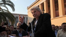 """Композиторът на """"Зорба Гъркът"""" Микис Теодоракис си отиде на 96"""