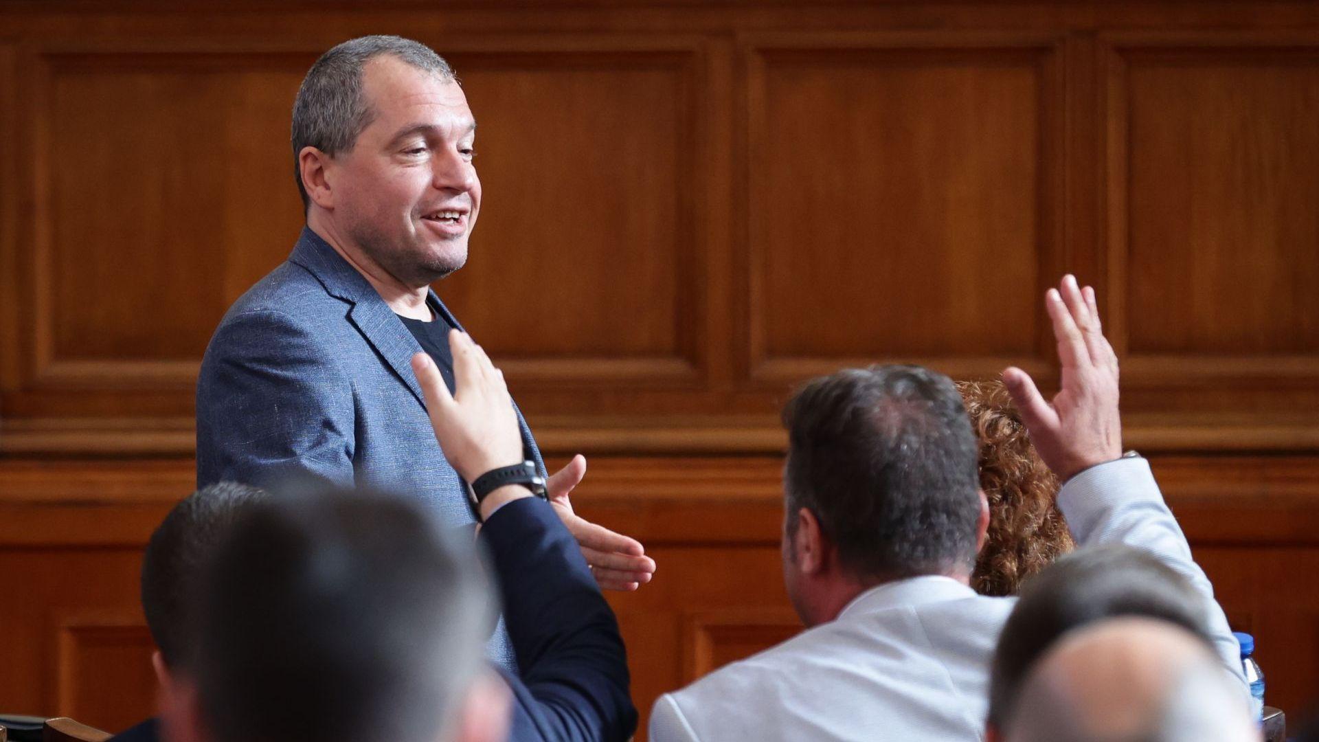 """ИТН: Кирил Петков може да вземе едно """"лице назаем"""" от Христо Иванов и тежестта му рязко ще намалее"""