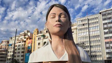 Фестивалът Лас Фаяс във Валенсия: по-силен от пандемия и порои (снимки)