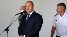 """Румен Радев ще търси """"рационално решение"""" за избори """"2 в 1"""""""
