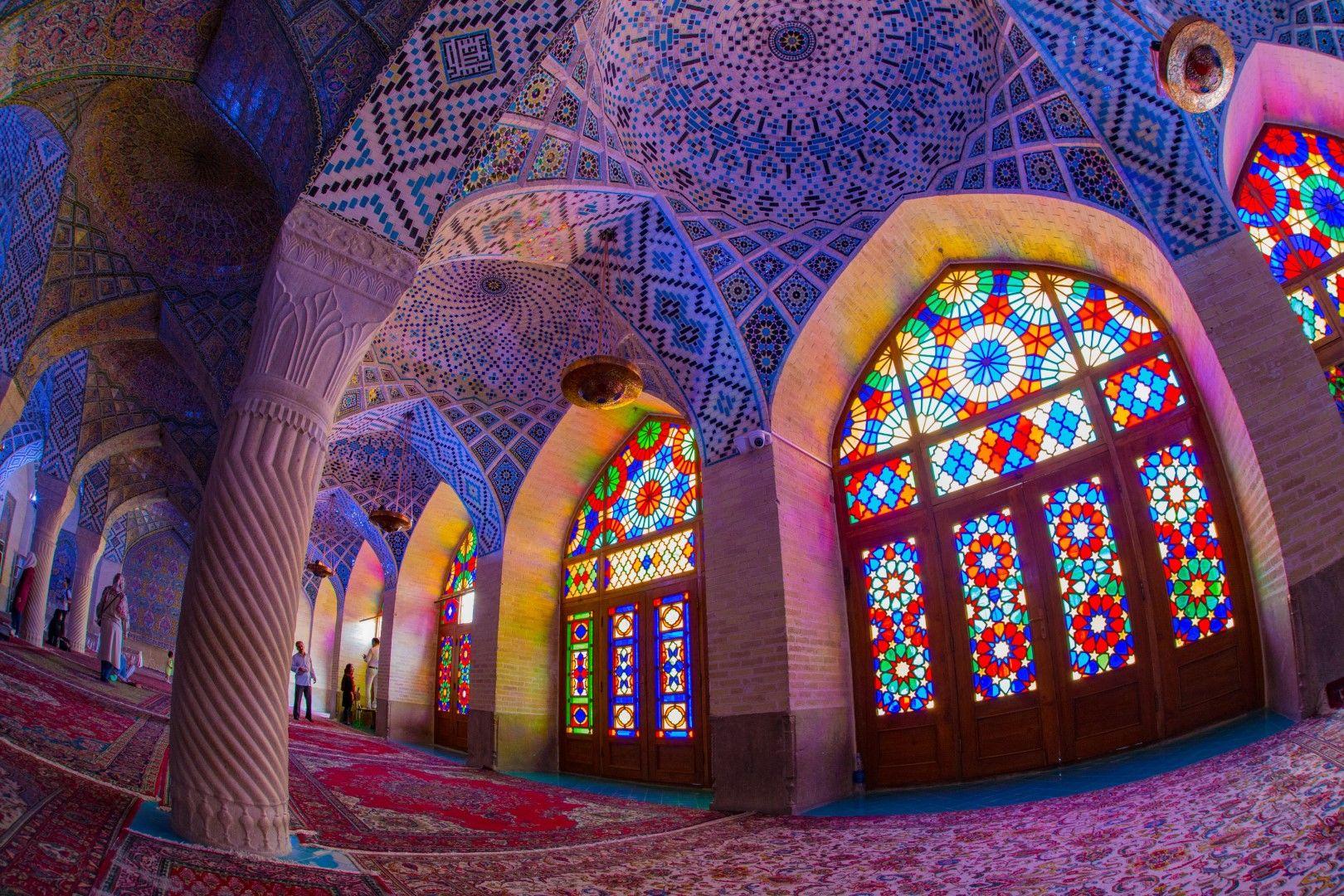 """Джамията """"Насир ал Мулк"""" в Шираз"""