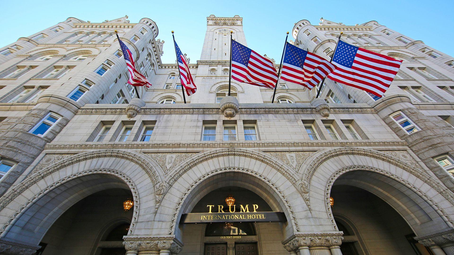 Тръмп продава хотела си във Вашингтон