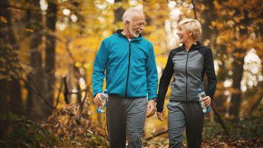 Редовното ходене удължава живота