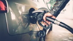 Над 260.5 млн. литра дизелово гориво е продадено през август за повече от 552 млн. лева