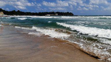 Морето погълна 15-годишно момиче край Китен