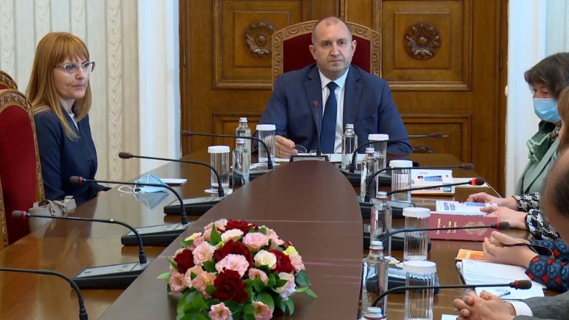 Президентът Радев: Разпускането на парламента е въпрос на дни