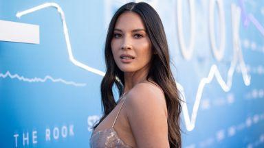 """На 41 г. звездата от """"X-Мен"""" Оливия Мън очаква първото си дете"""