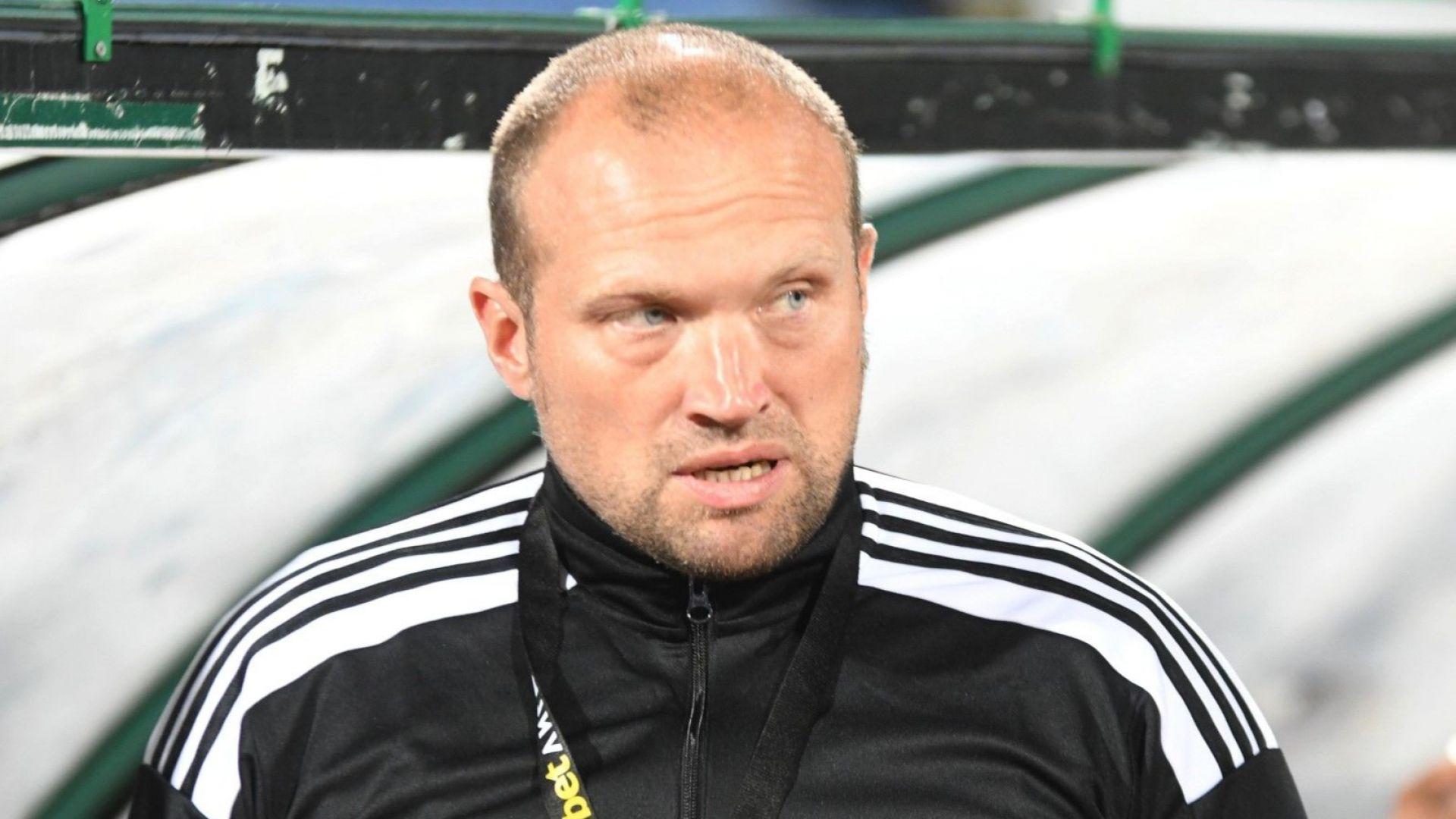 Ирландският треньор на Пирин за съдийството: Няма как българският футбол да мръдне напред