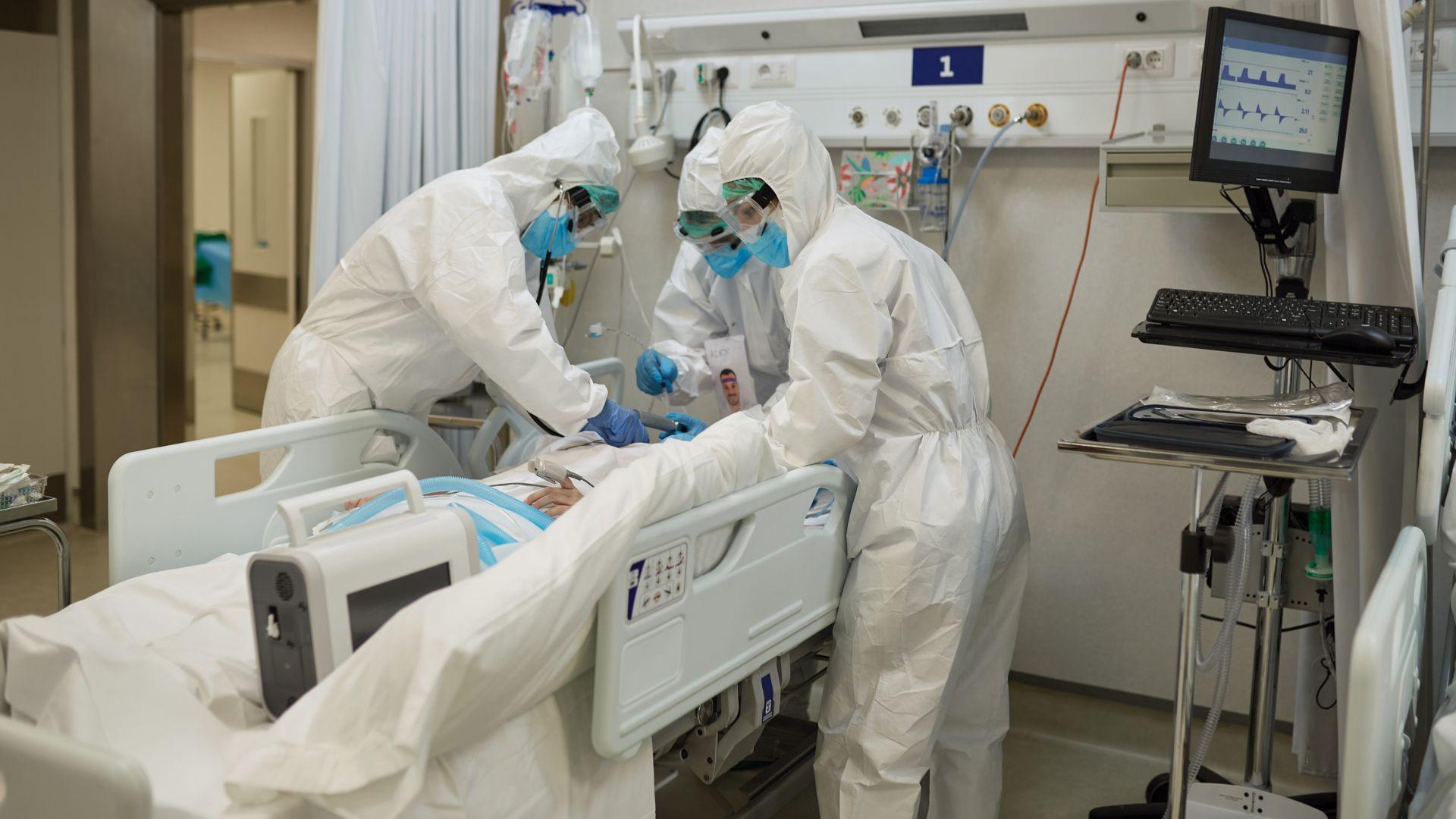 Стойчо Кацаров: Да заведем нарушителите в отделенията, за да видят интубираните (видео)