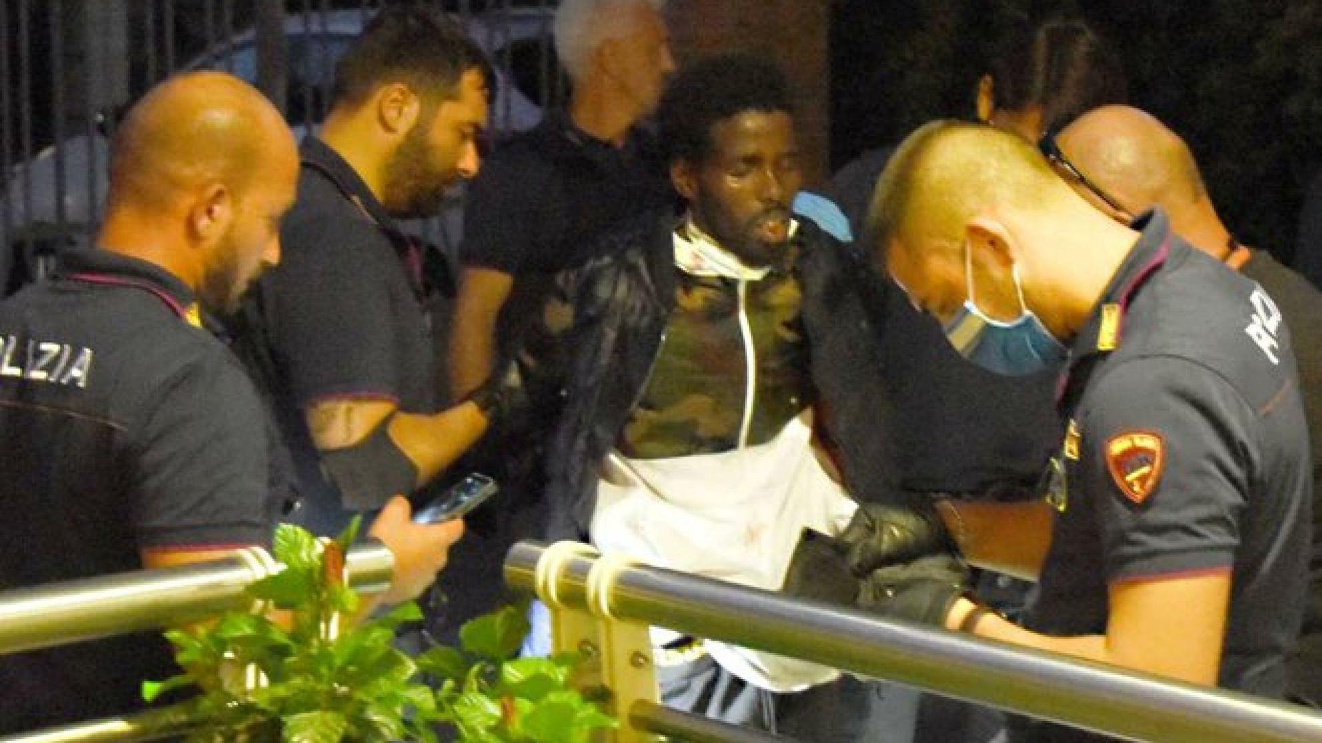 Сомалиец преряза гърлото на 6-годишно момче и рани 4 жени в Римини  (снимки/видео) | Днес.dir.bg
