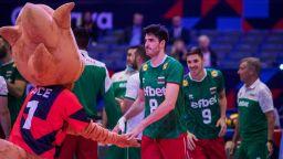 Мъжкият и женският волейболен тим на България с място на Световното