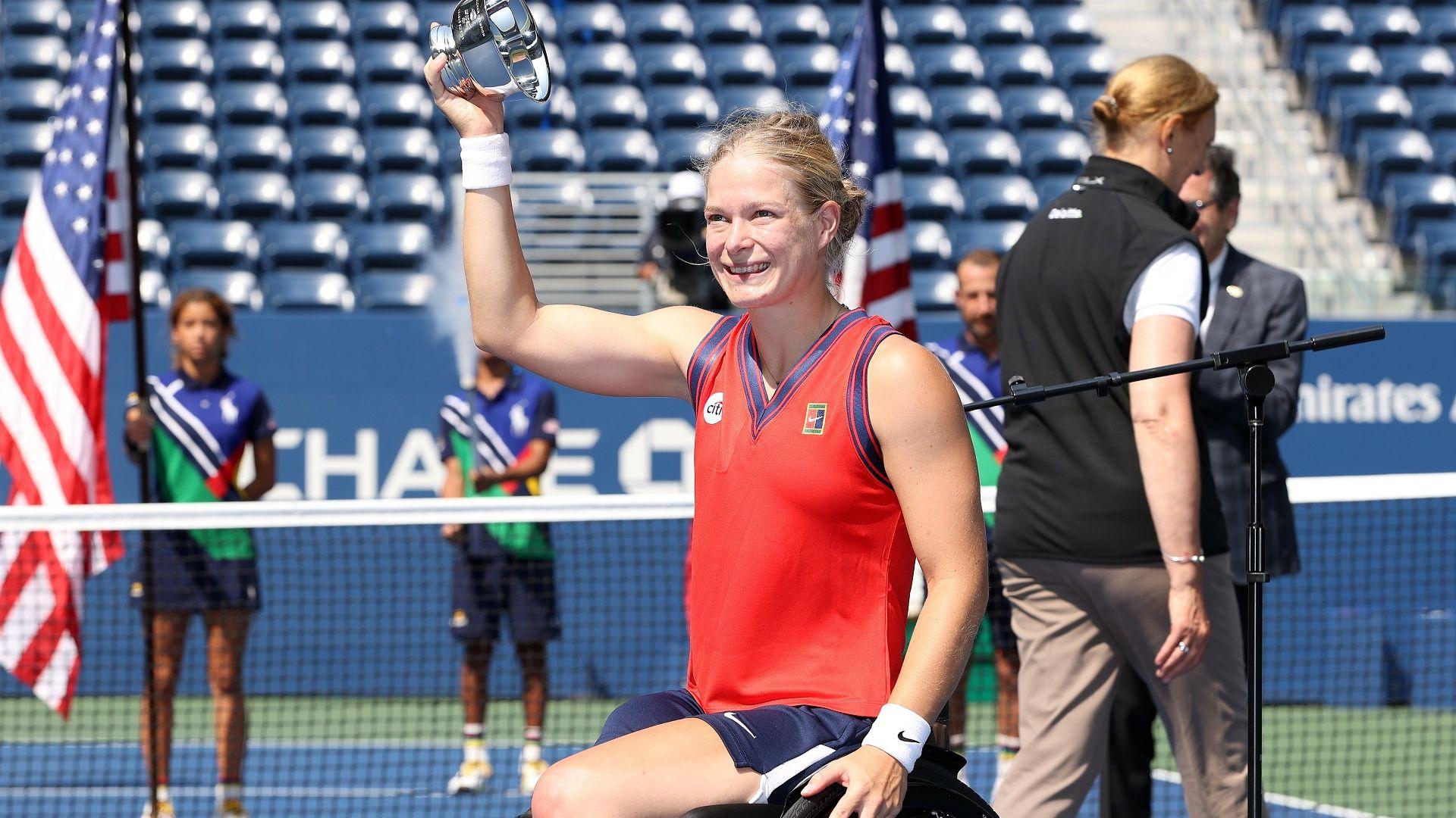 """Нидерландка пренаписа историята на тениса със """"Златен шлем"""""""