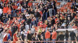 Полицията арестува 45 души на колежански мач в САЩ