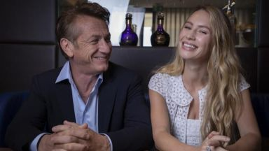 """Гледаме Шон Пен като режисьор и актьор заедно с дъщеря му в """"Денят на флага"""""""