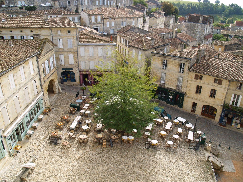 Сен Емилион е в област Бордо