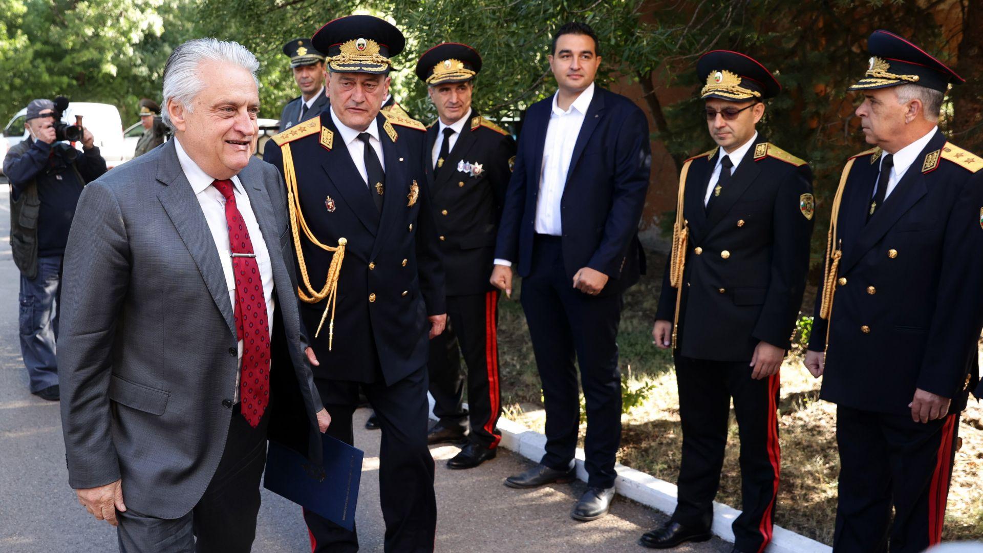 Бойко Рашков засега няма покана да оглави МВР в новия кабинет