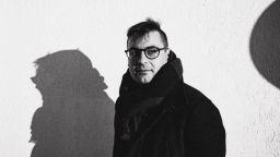 Режисьорът и писател Петър Денчев: Положението на артистите у нас е класов проблем