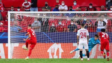 Беларуски рефер прекрачи в историята с четири дузпи за 40 минути в Шампионската лига