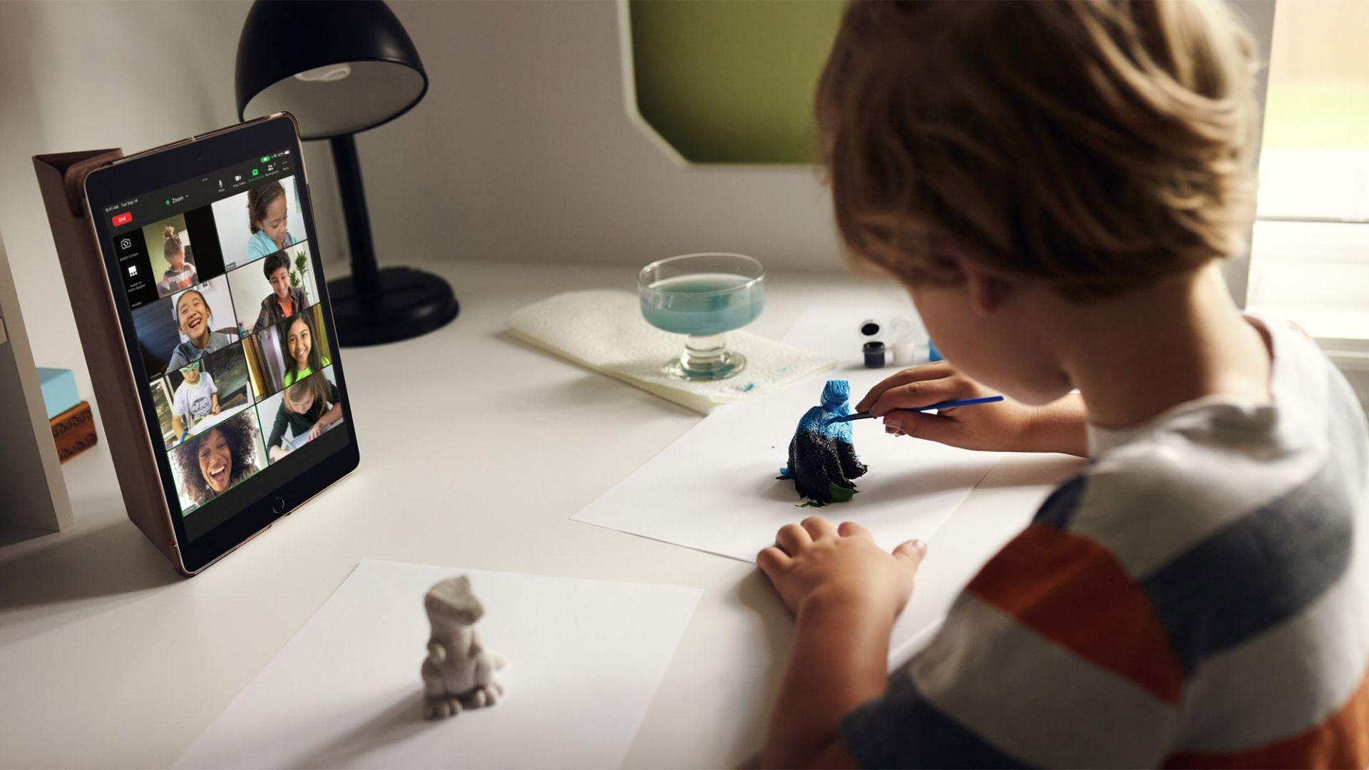 Новият iPad е идеален за дистанционно обучение