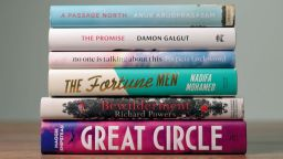 """""""Поглъщащи глобални истории за живот и смърт"""" влязоха в краткия списък за наградите """"Букър"""""""