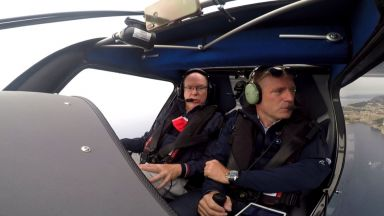 Пръв сред принцовете: Албер Втори летя с единствения напълно електрически самолет