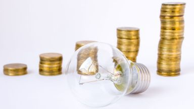 Над 250 000 фирми ще получат остъпка в цената на тока от 1 ноември