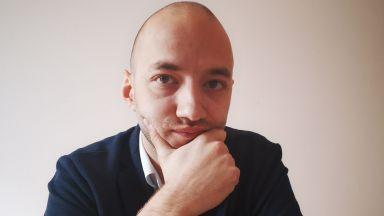 Димитър Ганев пред Dir.bg: Петков и Василев имат дясна легитимация, но не затварят лявата врата