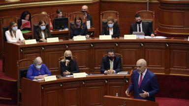 Жените доминират в новото правителство на Албания