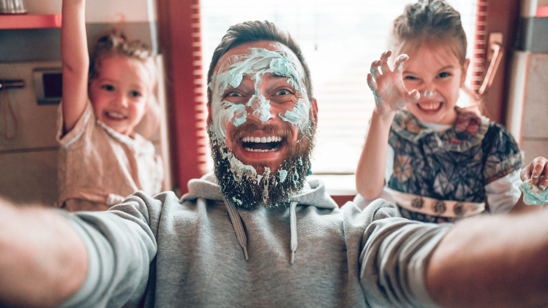 11 забавни статуса от родители в Twitter, доказващи, че животът с деца никога не е скучен