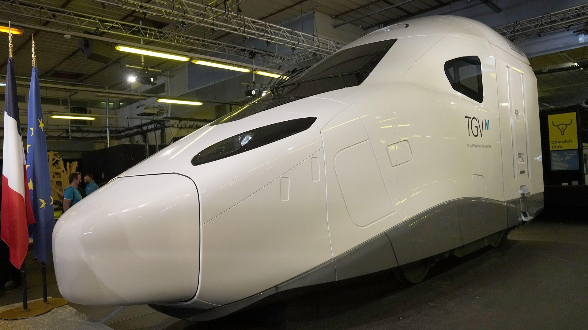 """Франция с """"голяма авантюра"""": Показа нов модел високоскоростен влак (снимки)"""