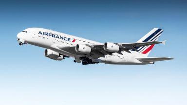 Самолет на Ер Франс-КЛМ се върна в Пекин заради дим в пътническия салон