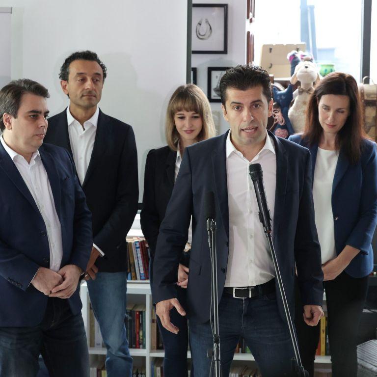 Кирил Петков и Асен Василев: Преговаряме с няколко партии, ще ги сложим в коалиция